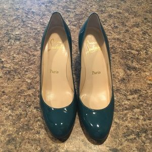 Authentic Christian Louboutin Red Sole Pumps